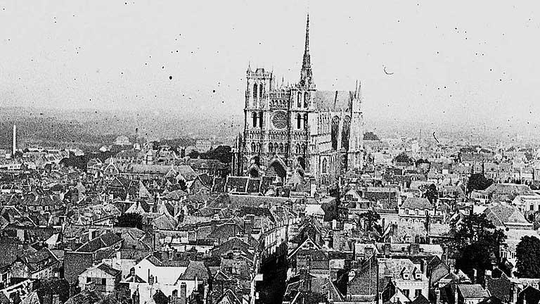Amiens-1915